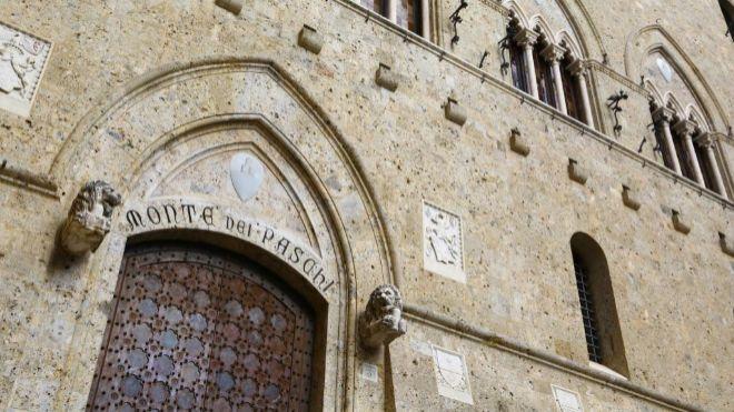 Sede de Monte dei Paschi en la ciudad italiana de Siena.