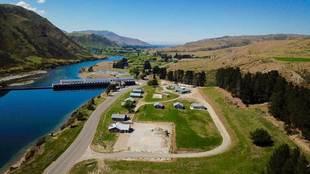 Lake Waitaki Village, ubicado en la Isla Sur de Nueva Zelanda, está a...