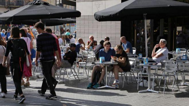 España recibirá en 2018 un 0,8% de turistas extranjeros menos, según el Gobierno