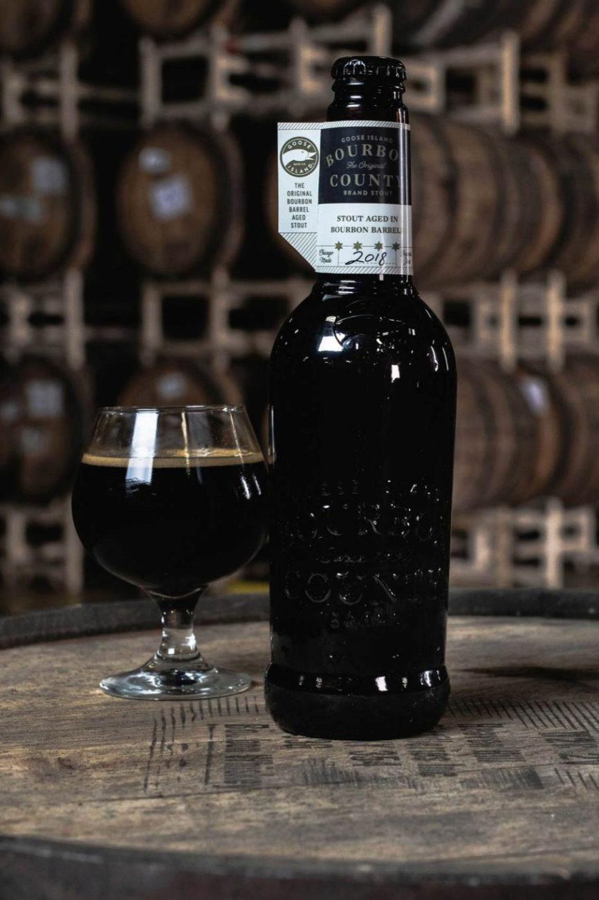 La cervecera de Chicago añeja esta cerveza negra durante 4 años en...