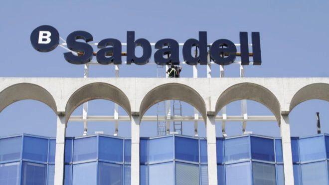 Sede de Banco Sabadell en Alicante.