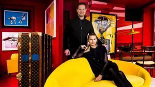 Los propietarios de Gallery Red, Drew  Aaron, 41 años, y Hana...