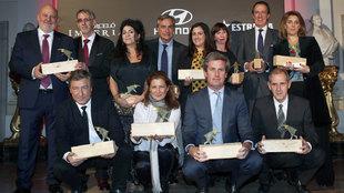 Foto de familia de todos los premiados por Fuera de Serie en los...