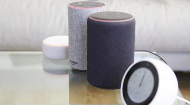 Altavoces Amazon Echo.