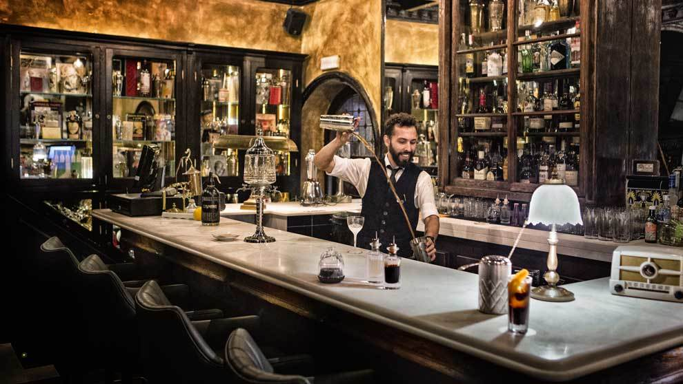 """Álex Cabrera, """"barman"""" del equipo (sin parentesco con el..."""