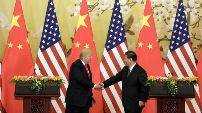 El presidente de Estados Unidos, Donald Trump, el presidente de China,...