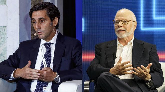 José María Álvarez-Pallete, presidente de Telefónica (izquierda) y...