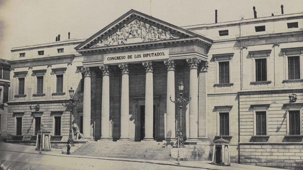 Imagen del Congreso de los Diputados en el siglo XIX tomada por Jean...