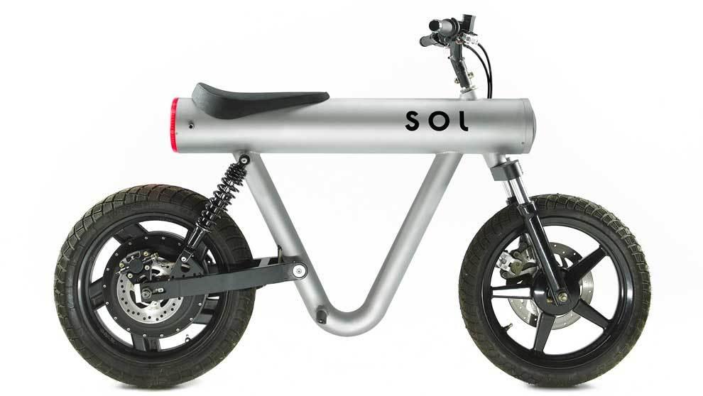 Fabricada en aluminio, un material muy ligero, sólo pesa 55 kg. Su...