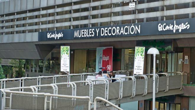 7a044dd9d56 El Corte Inglés pone a la venta una cartera inmobiliaria de más de ...