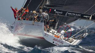 la tripulación del Ocean Respect Racing a bordo del Wild Oats X,...