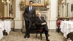 Philip Palumbo, 26 años, junto a su padre Peter, 83 años, en el...