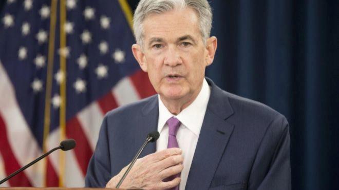 Powell reitera que Fed será paciente con el aumento de tasas