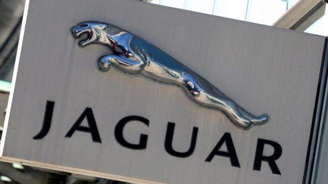 Jaguar Land Rover anuncia que despedirá a 4500 empleados