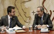 El presidente de la Generalitat, Quim Torra, junto al vicepresidente,...