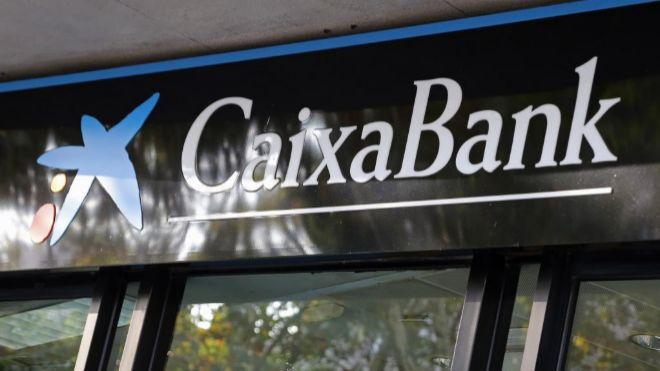 Caixabank plantea reducir su plantilla en personas for Oficinas caixabank madrid