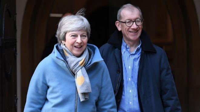 Theresa May quiere reabrir negociación de acuerdo del Brexit con la UE