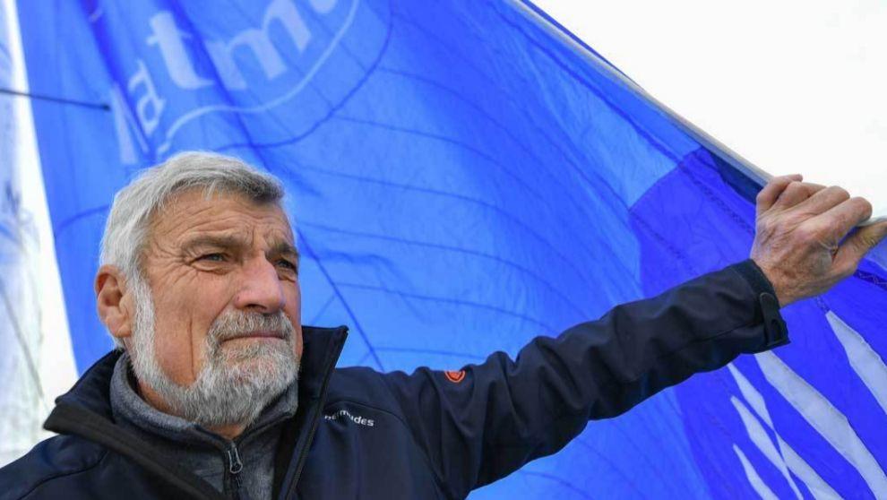 Jean-Luc van den Heede, a bordo del Matmut. | Golden Globe Race