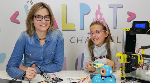 Patricia Heredia y Valeria Corrales lanzan hoy su nuevo canal de...