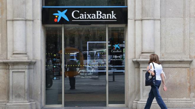 Banco Sabadell gana un 54% menos, hasta los 328,1 millones