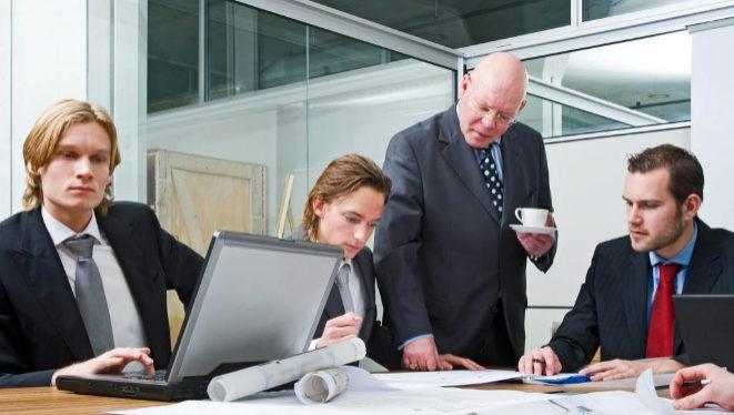 Abogados internos de empresas en peligro de extinción