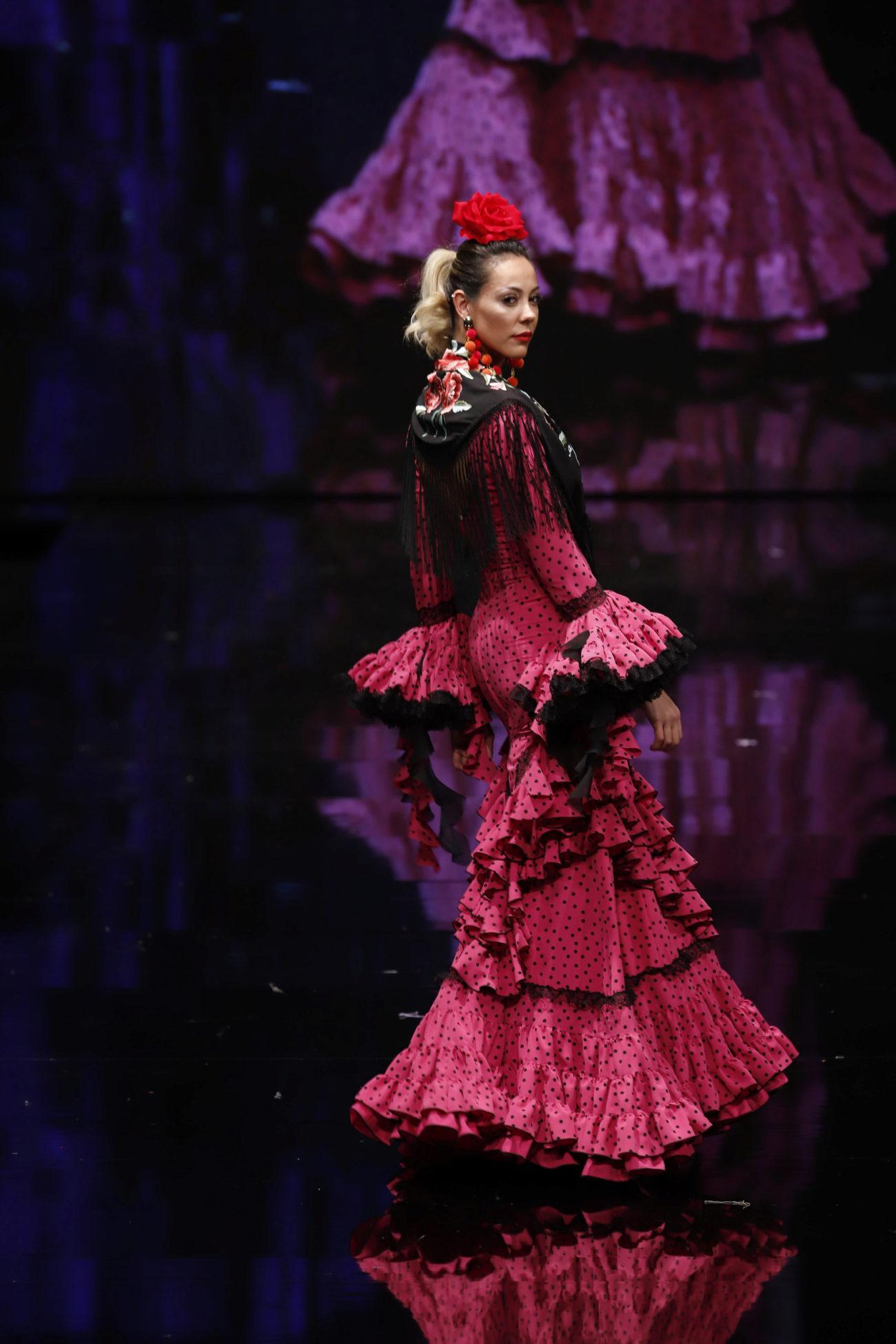 La moda flamenca mueve alrededor de 120 millones de euros al año,...