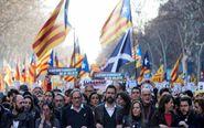 El presidente de la Generalitat Quim Torra (3ºi) junto al presidente...