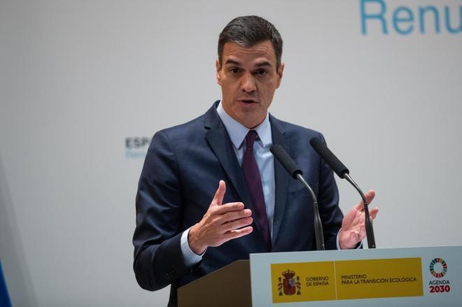 El presidente del Gobierno, Pedro Sánchez, ayer en el ministerio de...