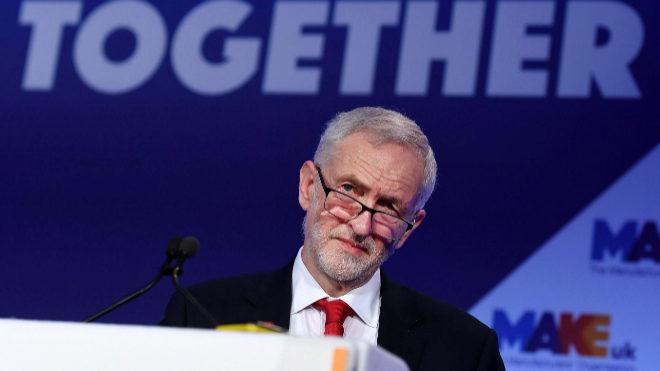 Opositores a Theresa May acuerdan respaldar nuevo referéndum para el brexit