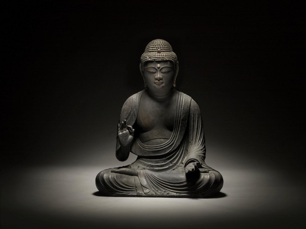 Esta gran escultura de Buda Amida será una pieza particularmente...