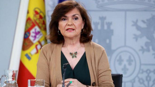 La vicepresidenta del Gobierno, Carmen Calvo, durante la rueda de...