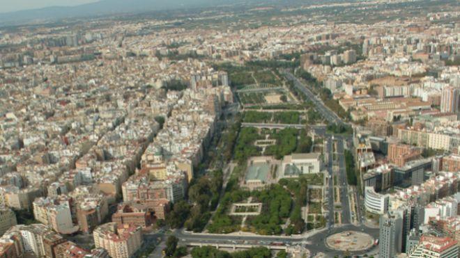 Un ático frente al antiguo cauce del Turia en Valencia se vende por 4 millones