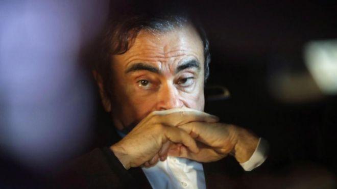 Arremete Ghosn contra ejecutivos de Nissan; acusa 'complot' en su contra
