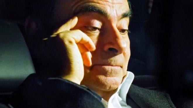 Accionistas de Nissan expulsan a Carlos Ghosn como consejero