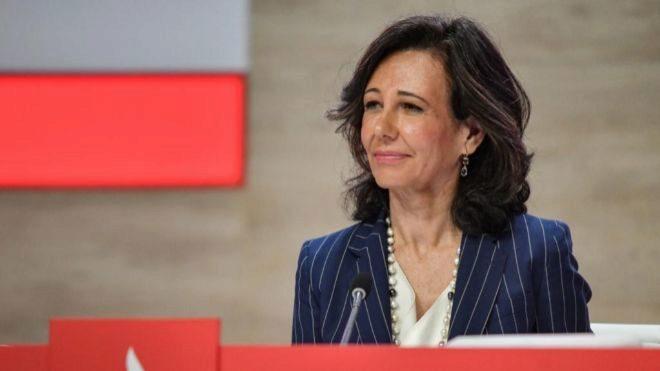Crédit Agricole y Santander unen sus actividades de servicios a las instituciones