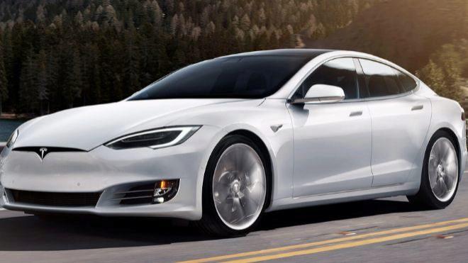 Tesla investiga el incendio de un Model S en Shanghái