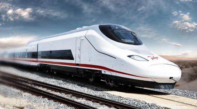 Tren Talgo en la línea férrea entre Medina y La Meca, en Arabia...