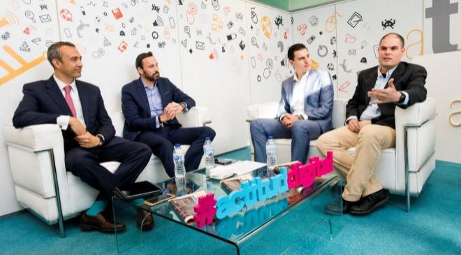 De izquierda a derecha. José Antonio Aranda, director de innovación...