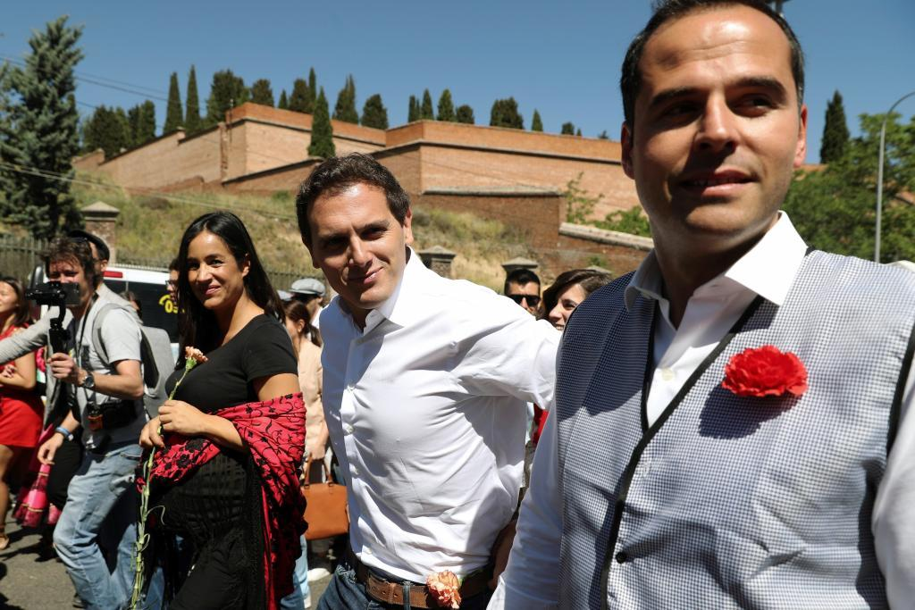 La candidata la alcaldía de Madrid Begoña Villacís, el candidato a...