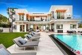 La propiedad tiene 854 metros cuadrados.