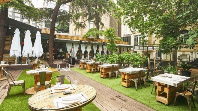 Oasis Verdes Jardines Terraza Donde Pasar Un Rato Agradable