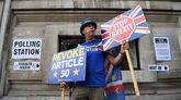 El activista Steve Bray hace campaña para que el país permanezca en...