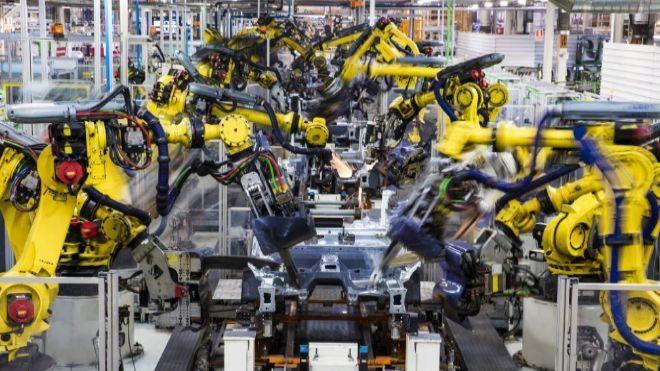 Fuertes caídas de la industria y la construcción