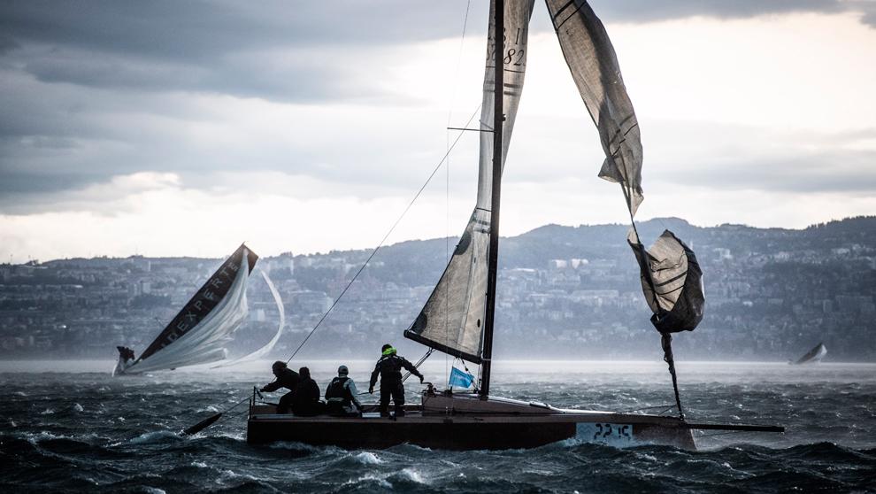 Tres embarcaciones, en apuros durant6e la Bol d'Or Mirabaud. |...
