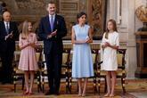 Felipe VI, junto a la reina Letizia, la princesa Leonor y la infanta...