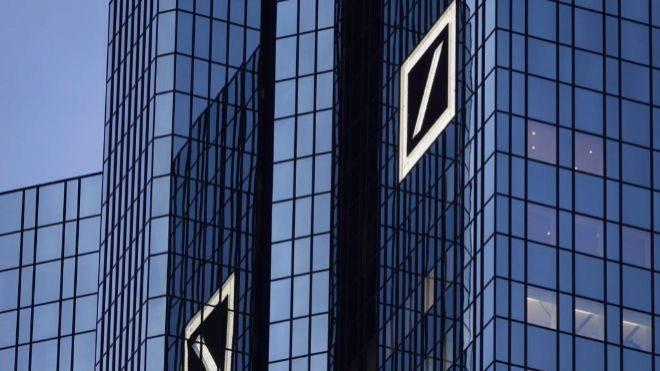 Deutsche Bank recortará 18 mil empleos para 2022