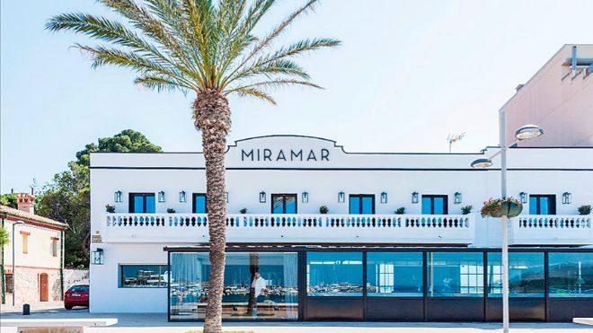 Miramar, restaurante con dos estrellas Michelin de Paco Pérez y Montse Serra, en Llançà.