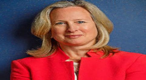 Katherine Adams, Directora de Legal. Esta abogada es responsable de...