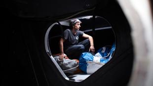 Costa, en el interior del  'Kingfisher'. |  JAVIER LUENGO