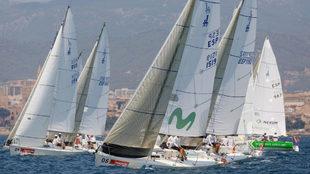 La flota de Herbalife J80 compitiendo en Palma durante la pasada...